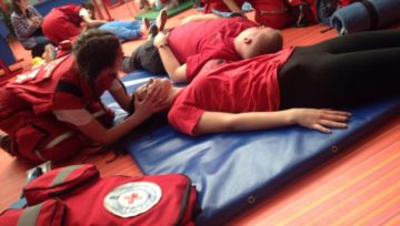 Медицинска школа и Црвени крст